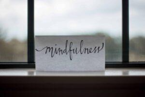 mindfulness come combattere lo stress e l'ansia durante la gravidanza e dopo il parto